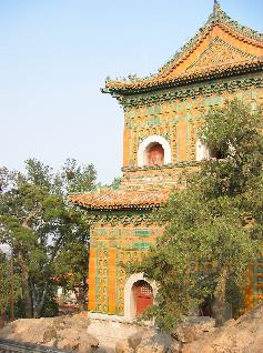 Image: IMAGE: static/2005/10/10/SummerPalace2.jpg